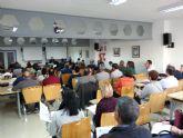 Casi un centenar de asistentes en la charla informativa 'Cláusulas suelo y gastos hipotecarios' en Torre-Pacheco