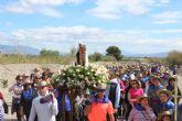 La nueva imagen de la Virgen del Carmen llega a su ermita rodeada por sus fieles seguidores