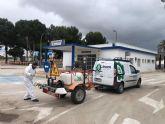 Máquinas quitanieves, agentes forestales y agricultores refuerzan las labores de limpieza y desinfección en San Pedro del Pinatar