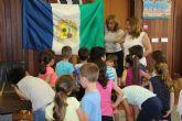 El Ayuntamiento recibe a los escolares con motivo del Día de la Región