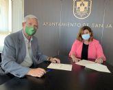 El Ayuntamiento de San Javier renueva su colaboración con la Junta Local de AECC