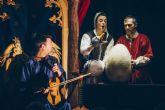 Claroscvro representa el espectáculo de títeres, actores y música en directo PERDIDA EN EL BOSCO el domingo 11 de noviembre en el Teatro Villa de Molina