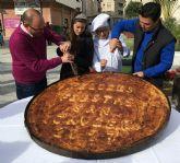 Degustación de más de mil raciones del pastel Cierva más grande del mundo