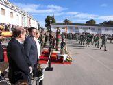 El alcalde de Alcantarilla, Joaquín Buendía, asiste a los actos de la Patrona del Arma de Infantería, en el Regimiento Zaragoza 5 de Paracaidistas