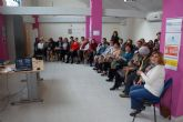 Las integrantes de la asociación de mujeres 'Isabel González' torreña continúan ampliando sus conocimientos