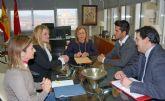 La consejera de Educación y Universidades se reúne con la alcaldesa de Mazarrón