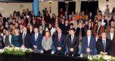 El presidente de la Comunidad el acto de reconocimiento a la labor de los docentes jubilados en 2016
