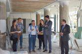 El director general del Instituto de Turismo visita el hotel Dos Playas de Mazarrón