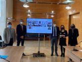 Ayuntamiento y UMU se alían para despertar vocaciones científicas dentro de las aulas a través de charlas divulgativas