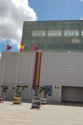 VOX interpone acciones legales contra la instalación de la bandera LGTBI en la fachada del Ayuntamiento de Torre Pacheco