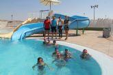 Más de 130 personas realizan cursos de natación en las piscinas de verano de Puerto Lumbreras