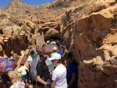 'Más de 2.000 personas visitan el Cabezo Gordo en la Jornada de Puertas Abiertas de la Sima de las Palomas'