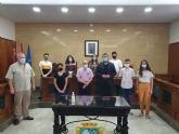 La Fundación Galindo de Calasparra hizo ayer entrega de sus becas anuales