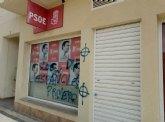Aparecen nuevas pintadas fascistas en la sede del PSOE de Torre Pacheco
