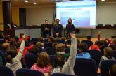 Los alumnos de 2° de Primaria del colegio 'Virgen de Loreto' visitaron el Ayuntamiento