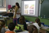 Los alumnos pinatarenses conocen la evolución histórica y turística del municipio