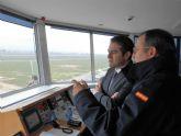 Policía Local y voluntarios de Protección Civil y Cruz Roja de Alcantarilla, han participado en el simulacro de accidente que se ha celebrado en la Base Aérea