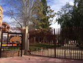 Se cierra el parque municipal 'Marcos Ortiz', para evitar accidentes como consecuencia de los efectos del fuerte viento