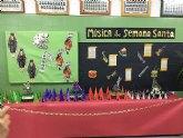 El CEIP La Cruz acoge una exposición sobre Semana Santa