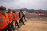 El presidente Fernando López Miras y la ministra Isabel García Tejerina visitan los trabajos de regeneración de la bahía de Portmán