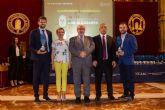 El Ayuntamiento torreño, premiado por la UCAM por su colaboración en la promoción del deporte