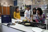 EWC España presenta en la UCAM 'un revolucionario sistema de cocción'