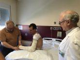 Luis León, del Astana, operado con éxito en el Hospital de Molina