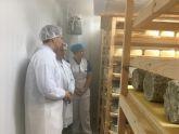 La primera quesería del municipio se prepara para comercializar sus quesos ecológicos de oveja