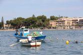 Avanza la instalación de redes antimedusas en las zonas de baño del Mar Menor