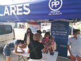 Éxito de respuesta hoy viernes de los torreños en la campaña de recogida de firmas contra los indultos a los independentistas del 'procés' catalán que plantea el Gobierno de Pedro Sánchez
