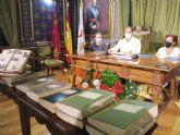 La familia Yúfera dona al ayuntamiento de Mazarrón el fondo documental de Mariano Yúfera Guirao-Carmen Yúfera Sánchez para su gestión documental