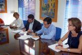 El alcalde y el director de concesiones de HIDROGEA en la Región firman un Convenio de Colaboración