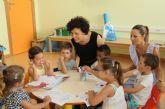 Un centenar de niños disfrutan y aprenden en la Escuela de Verano de la Red Municipal de Guarderías