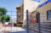 """Las obras de rehabilitaci�n del teatro de """"La C�rcel"""" se centran estas semanas en el arreglo y acondicionamiento de la cubierta de esta infraestructura"""