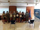 Once personas participan en la primera acción formativa de instrucción de yoga promovida por el Servicio de Empleo