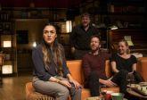 Espectáculo:    'Los vecinos de arriba' autor y direcotr: Cesc Gay. Reparto: Candela Peña, Pilar Castro, Xavi Mira y Andrew Tarbet