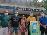 La concejalía de Educación proporciona mochilas con líquido desinfectante a los colegios