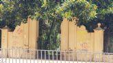 El equipo socialista tiene el patrimonio de Murcia abandonado y en un lamentable estado de suciedad