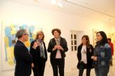 El artista Emilio Pascual presenta su exposición de pintura 'La maleta del náufrago' en Puerto Lumbreras