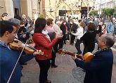 El encuentro de cuadrillas ´José López Asensio´ llenó un año más de música y bailes la Navidad torreña