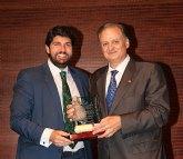 José Francisco Ballester, presidente de amusal, presenta el nuevo boletín electrónico de noticias