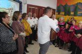 Los mayores pinatarenses celebran la Navidad con la inauguración de los belenes en los hogares del pensionista