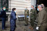 La ministra de Defensa visita el Mando Componente Terrestre de la ´Operación Balmis´