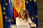 Díaz propone alternativas para un futuro 'avanzando en un trabajo estable y con derechos' como 'alma de la reconstrucción'