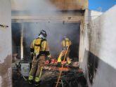 Atendidas dos personas que ha resultado heridas por quemaduras en el incendio de una vivienda en Roldán