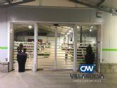 Carpintería Metálica Villanueva aconseja instalar puertas automticas en comercios por su accesibilidad