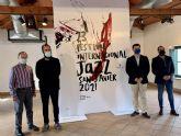 El disenador Jorge Martínez recurre a la obra del pintor Luis Feito para reflejar la música jazz en su cartel para el 23 Festival Internacional de Jazz de San Javier