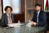 La alcaldesa de Puerto Lumbreras se reúne con el presidente de la Comunidad