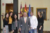 La Universidad de Murcia entrega las becas 'Juan Cuello' y 'Rotary Club' a estudiantes con talento