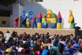 Más de 700 alumnos de infantil celebran el final del trimestre con el espectáculo 'El patio de mi casa'